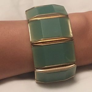 Jewelry - Aqua and gold bracelet